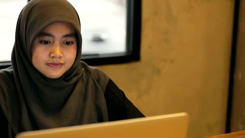 ramadan 10 city single girls The official website of the city of new york find information about important alerts, 311 services, news, programs, events, government employment, the office of the.