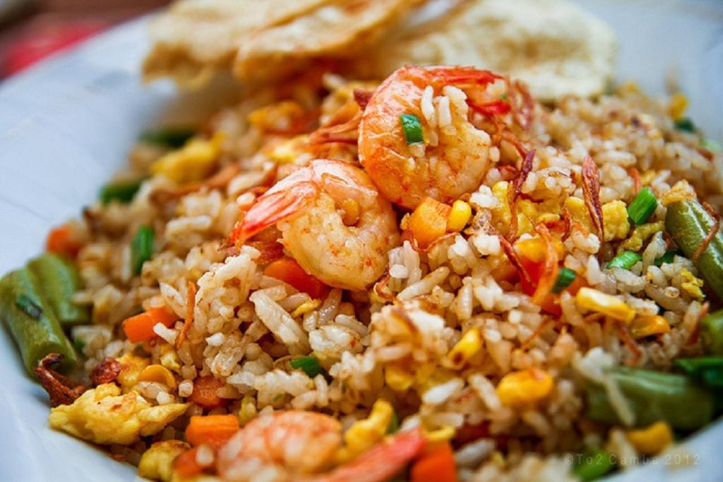 7 Tips Masak Nasi Goreng Yang Lebih 'Power' Di Rumah