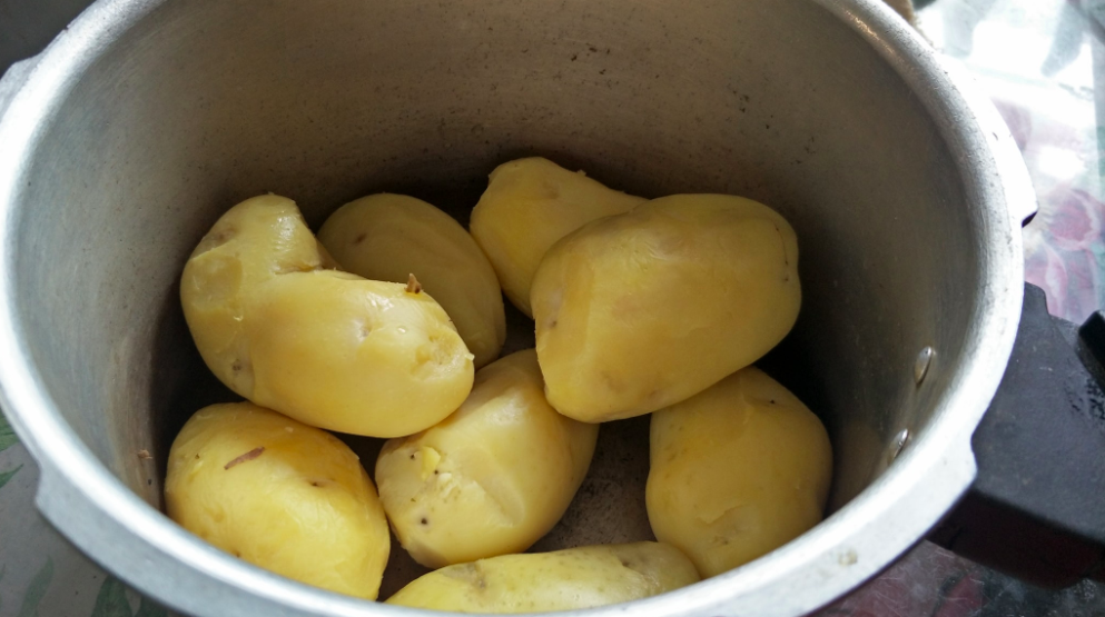 Mudahnya Buat 'Mashed Potato' Ala-Ala KFC, Anak Confirm Suka!